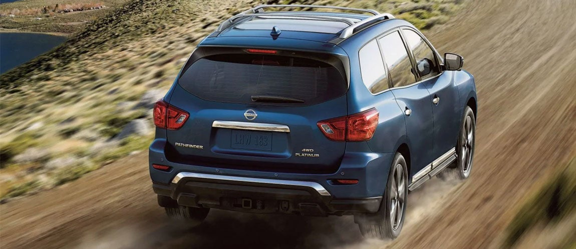 Designed To Turn Heads On Road Or Off Pathfinder Features A Muscular Stance Rugged Design Touches And Enough Luxurious Inside Make Any